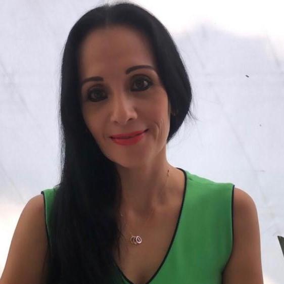Verónica Adriana  Abarca Acevedo